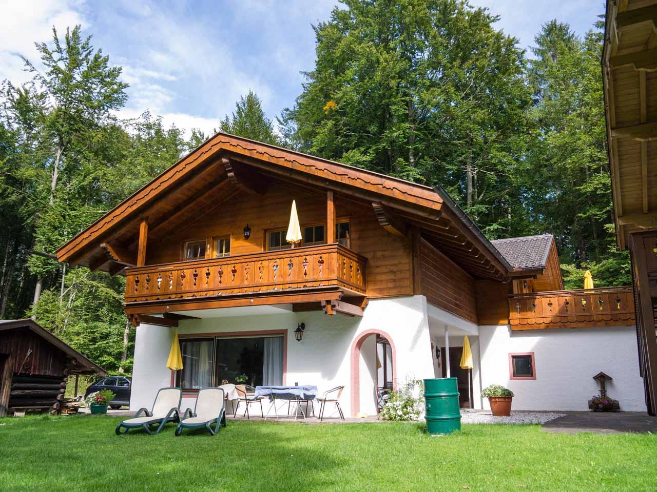 peterhof in grainau zimmerei maurer garmisch partenkirchen. Black Bedroom Furniture Sets. Home Design Ideas