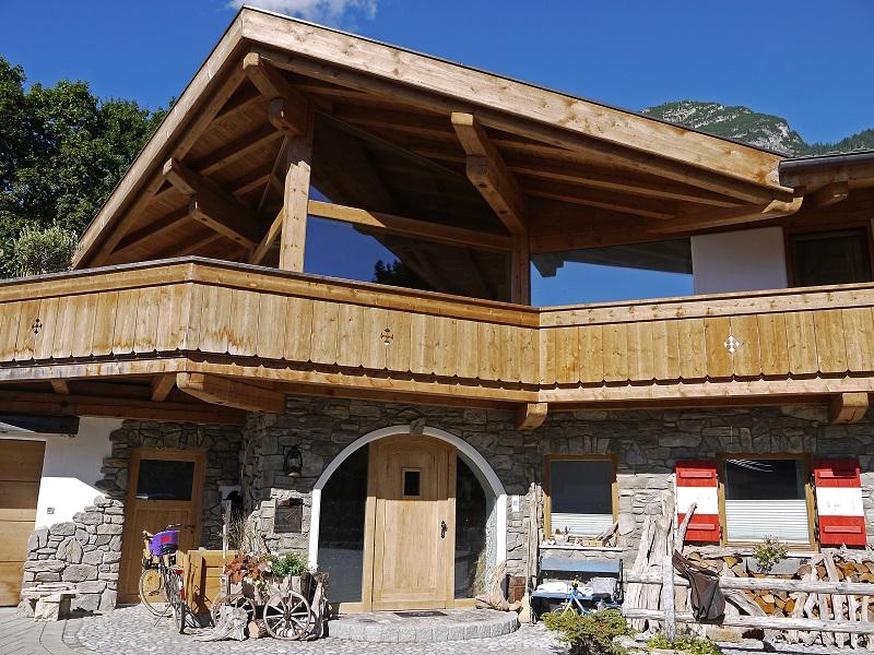 neubau eines einfamilienhauses in garmisch partenkirchen zimmerei maurer garmisch partenkirchen. Black Bedroom Furniture Sets. Home Design Ideas